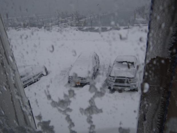 平靜小鎮遇到大雪紛飛的天氣, Cordova